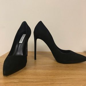 0d9f8369fa5 Steve Madden Shoes - Steve Madden Lovey Black Nubuck Pumps Size 9
